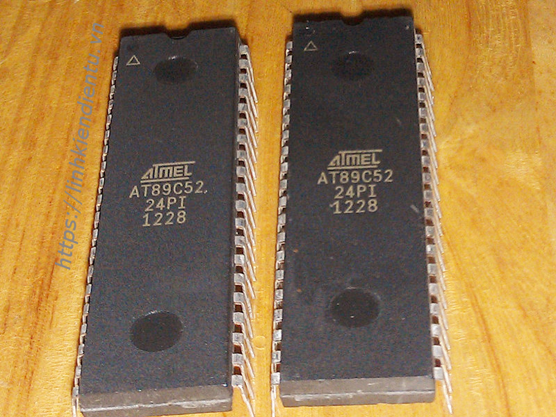 Atmel AT89C52-24PI