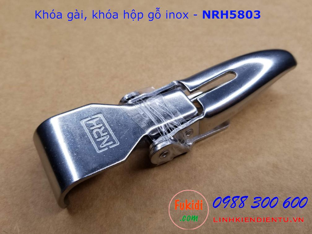 Góc nhìn tổng thể của khóa hộp gỗ, khóa gài inox NRH5803