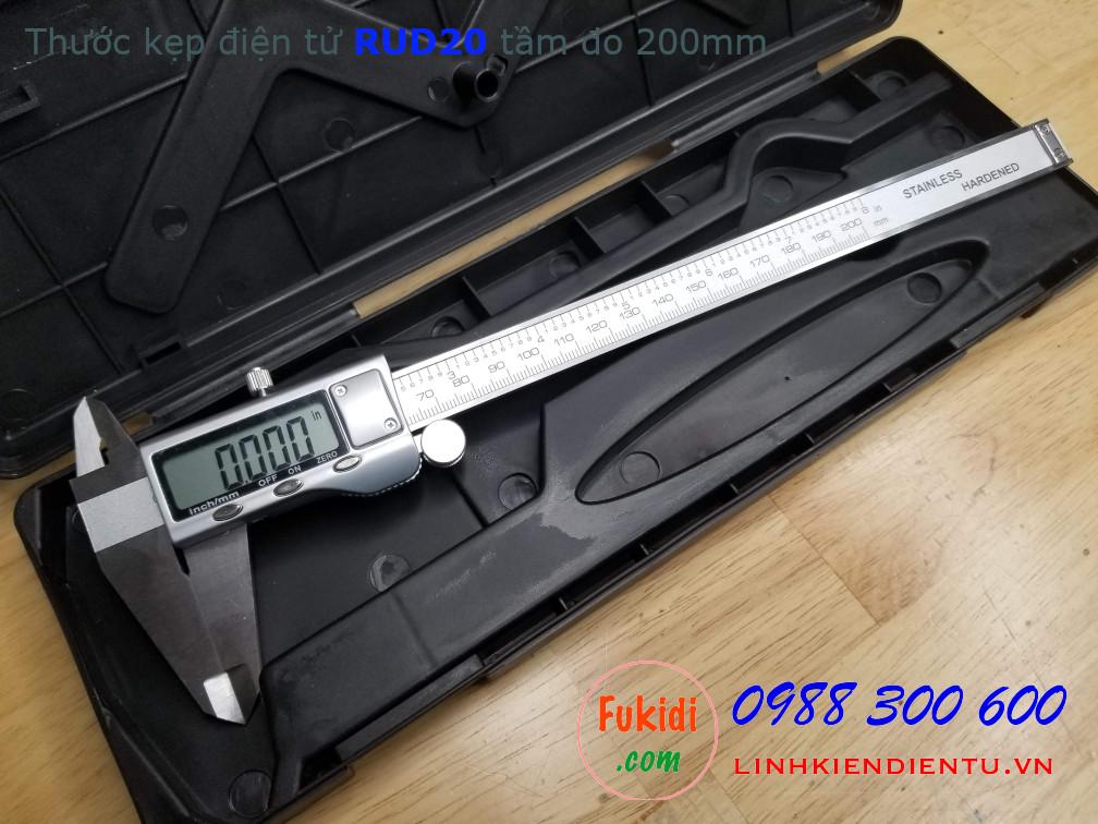 Thước kẹp điện tử RUD20, chất liệu thép không rỉ, tầm đo 200mm, độ chính xác 0.01mm